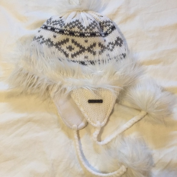d4ea6b1694a Screamer - Winter Hat  Beanie. M 5a5f8e5485e605642e6c3554